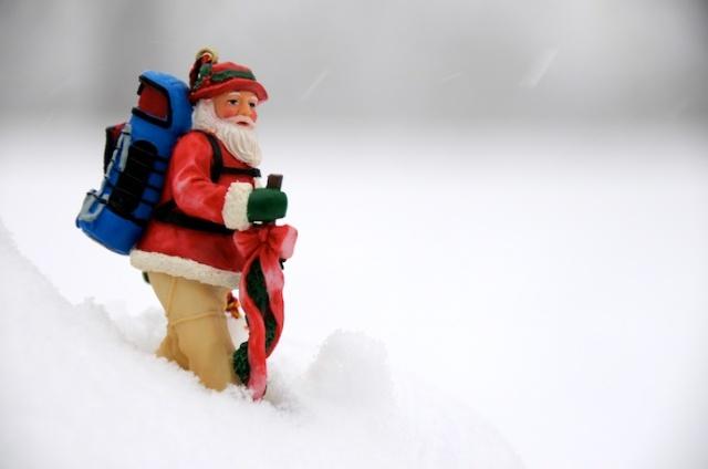 santa_backpacking